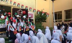 جشن عید وطنی ، بازی و شادی دانش آموزان و برگزاری کارگاه های آموزشی توسط خود بچه ها